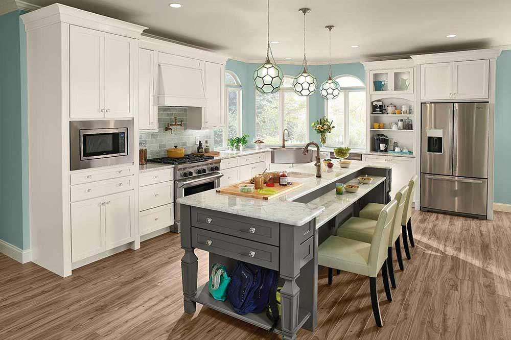 Martel-in-Dove-White-and-Greyloft-on-EverCore-kitchen